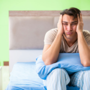 Jeder kann ab und zu nicht schlafen – doch wenn der Zustand andauert, sollten man dringend handeln