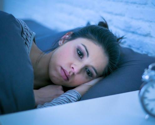 Durchschlafstörungen sind häufige Schlafprobleme und das können Sie tun